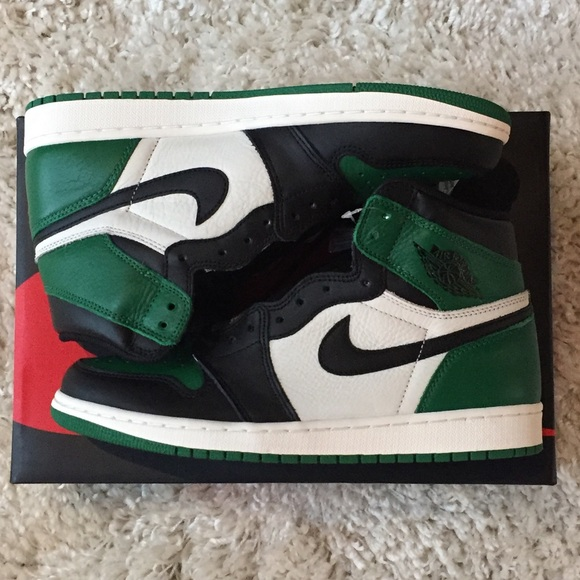 919b5ccb4651 Nike Air Jordan 1 Retro Hi Pine Green 555088-302